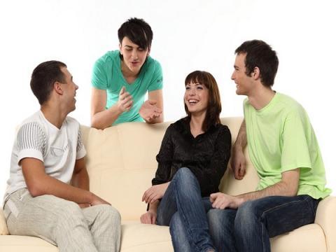 Человек может вести беседу только с4 собеседниками— Ученые подсчитали