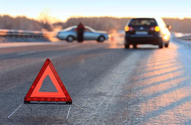 НаКрасной площади вЯрославле несмогли разъехаться три автомобиля
