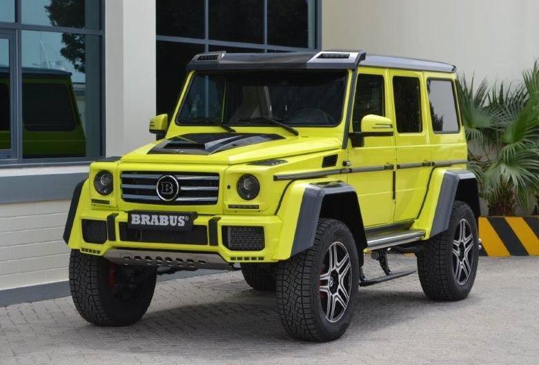 Стиль внедорожника Mercedes G500 4х4 сменили сбрутального нагламурный