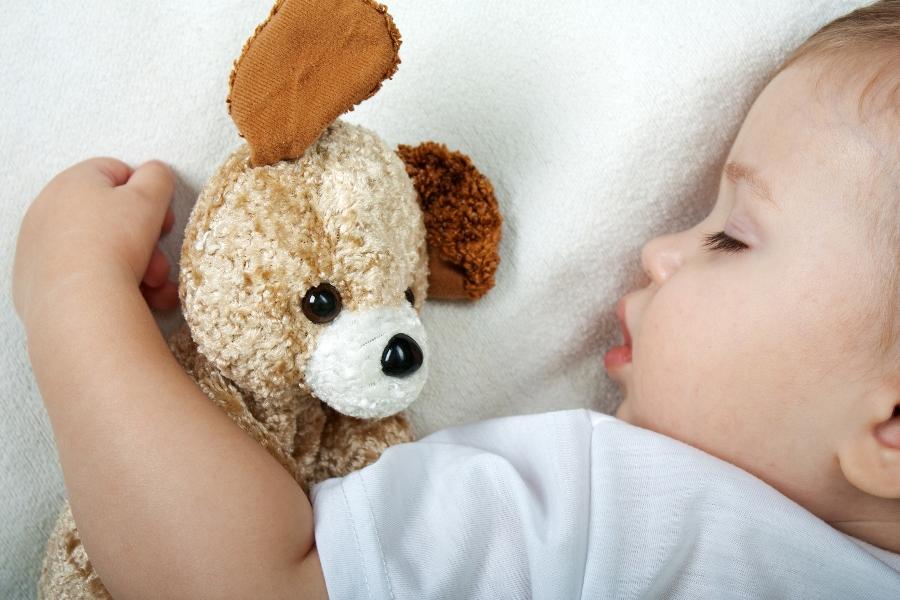 Ученые: Полнолуние влияет насон детей