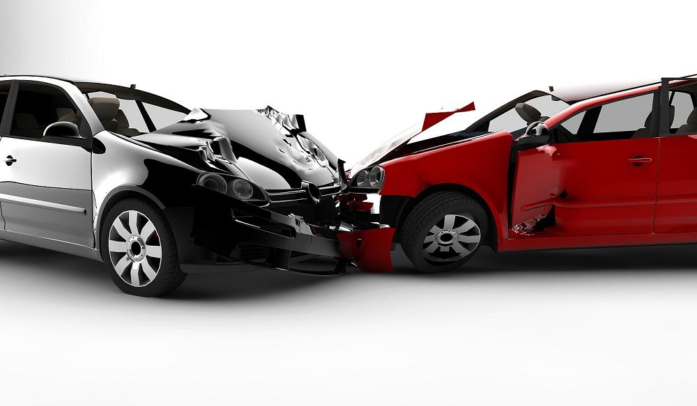 ВАЗ и иностранная машина столкнулись натрассе вРязанской области: один человек умер