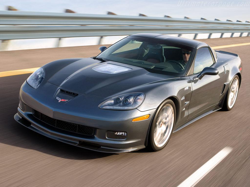 Машина Chevy Corvette ZR1 будет презентована летом 2017г