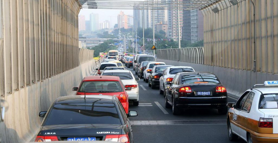 Автомобильный рынок КНР вырос на13,7%