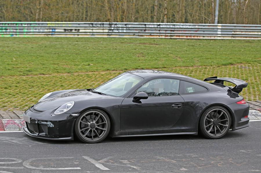 Порше представит 911 GT2 RSкконцу 2017-ого