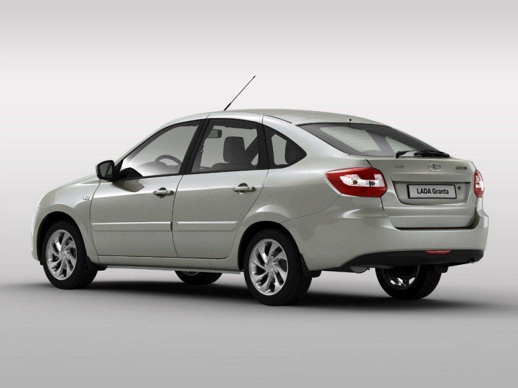 «АвтоВАЗ» пересмотрел комплектации моделей Лада Granta, Priora иKalina