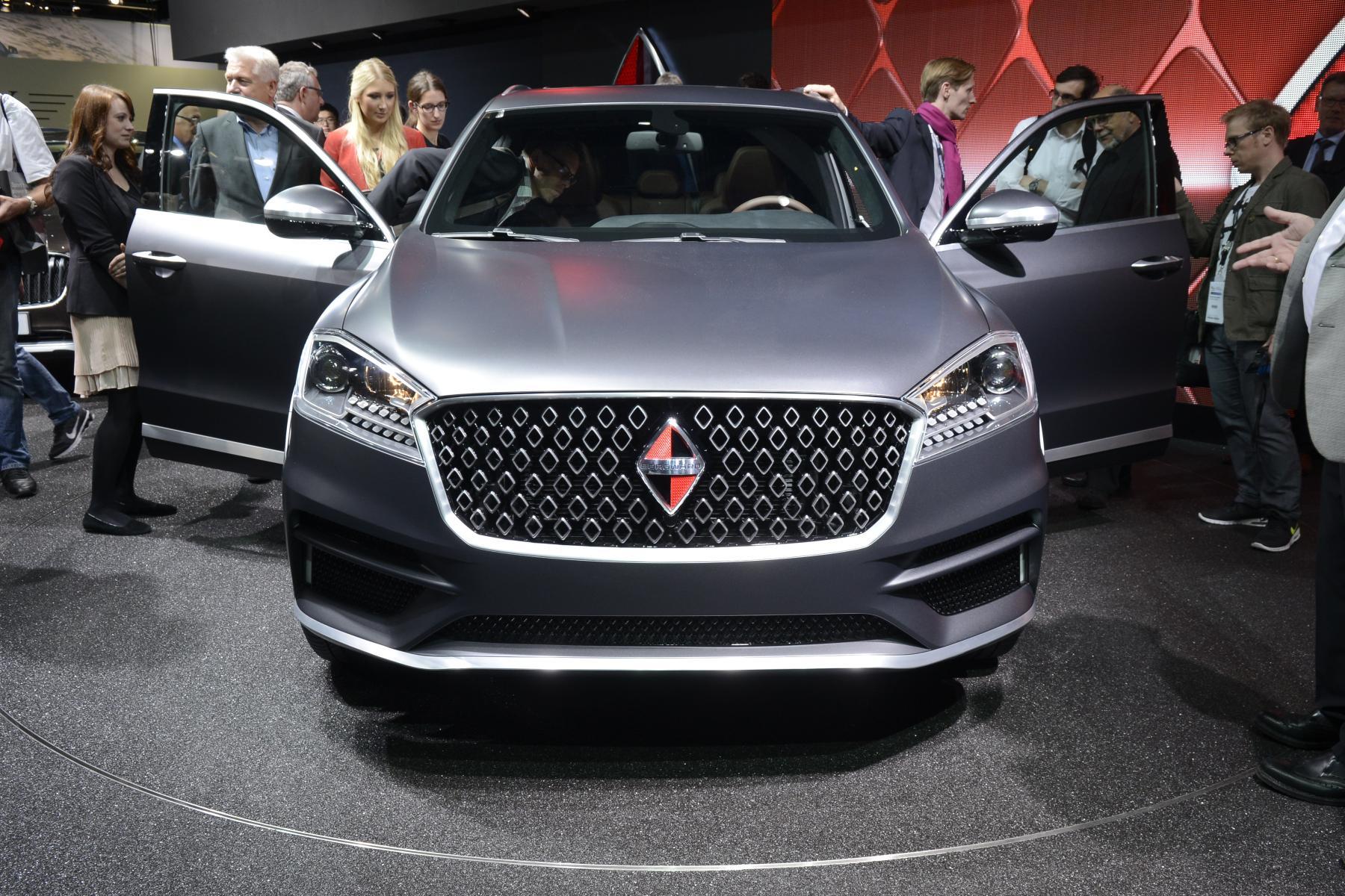 В текущем году на русском автомобильном рынке появится флагманский автомобиль Borgward BX7