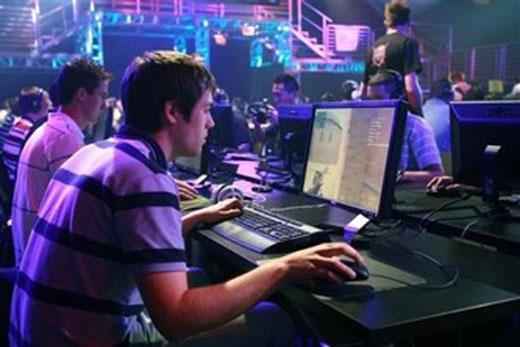 Ученые советуют подросткам играть закомпьютером не неменее 117 мин.