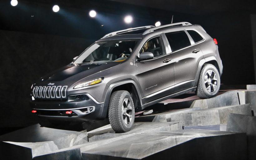 Новый вседорожный автомобиль Jeep Cherokee 2019 будет стоить $25 000