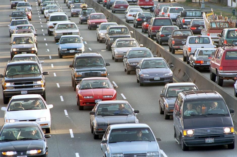 В Российской Федерации задесять лет наполовину возросло количество легковых авто