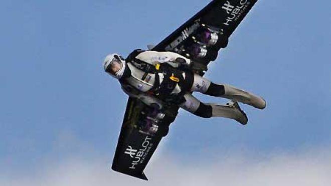 Компания Jetpack разрабатывает компактный вертолет-автомобиль