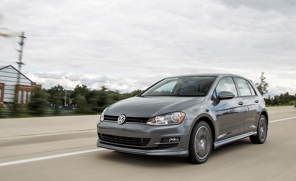 Новый Volkswagen Golf получит гибридные моторы вместо дизельных