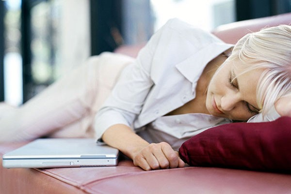 Ученые: дневной сон полезен для детей и небезопасен для взрослых