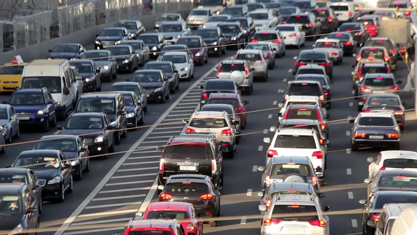 В РФ насчитывается 50 600 000 авто