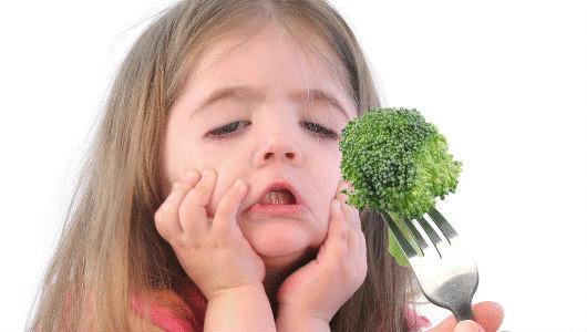 Ученые детям стоит разрешить играть с едой