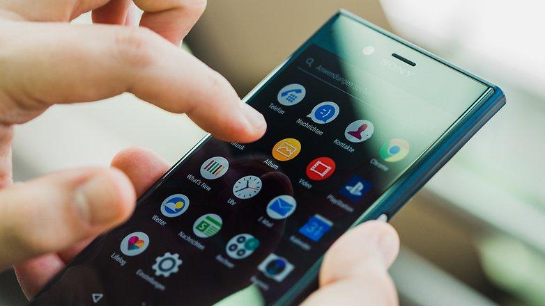 Вглобальной web-сети появились данные о телефонах Xperia XZ2 иXZ2 Compact