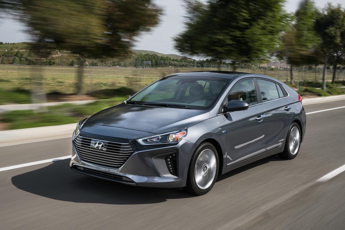 Назван топ-10 самых экономичных гибридных авто 2018 года