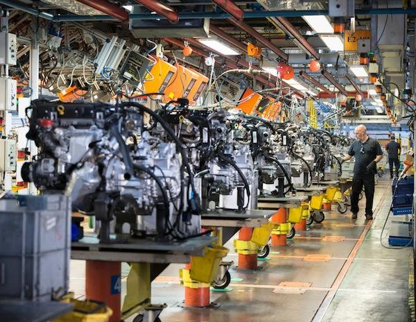 Русские заводы стали больше выпускать «легковушек»