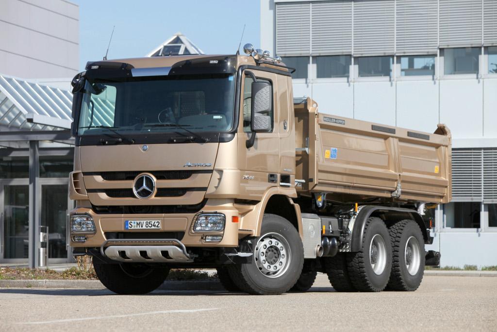 В предыдущем 2016-ом продажи фургонов Mercedes в Российской Федерации увеличились на40%