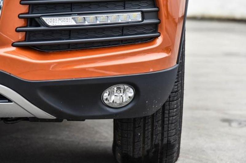Винтернете появились официальные фото нового джипа Yema T80