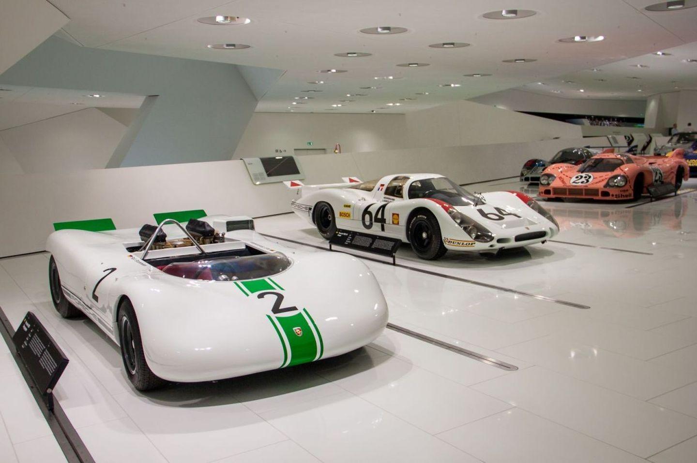 Компания Порше назвала 5 самых легких спорткаров всвоей истории