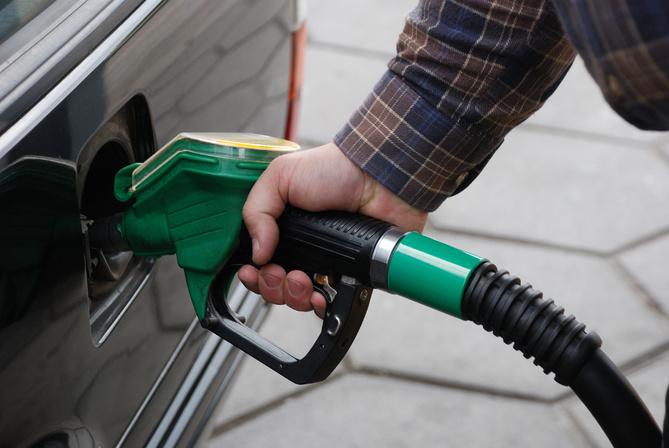 В России появился сервис онлайн-оплаты топлива на АЗС