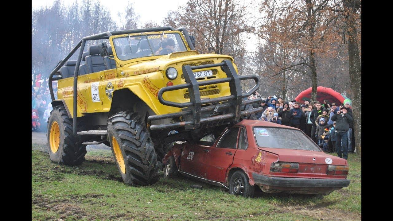 Автомеханики изнескольких машин собрали вездеход УАЗ «Малыш»