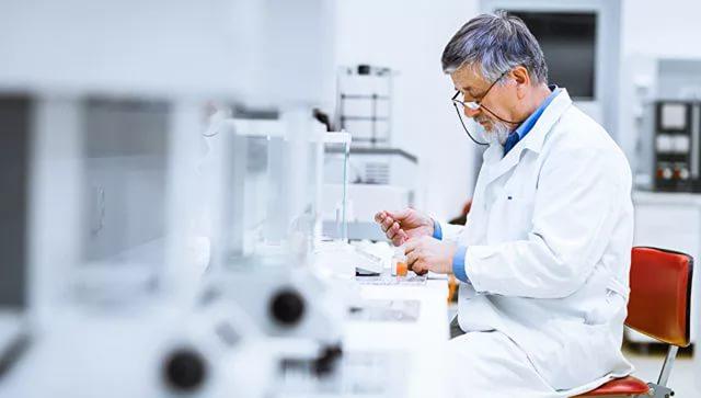 В РФ изобрели лекарство отвсех видов рака