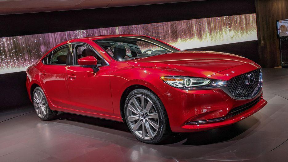 Обновленный универсал Mazda 6: первые живые фото