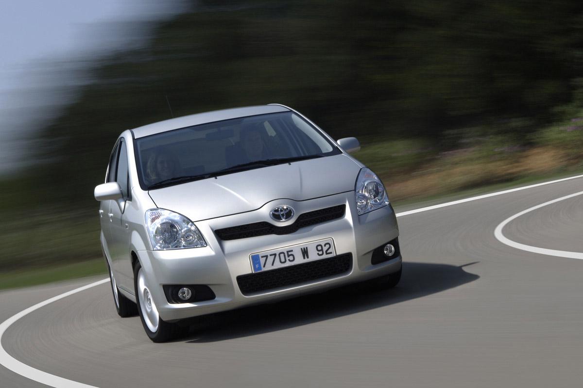 Тойота Corolla стала наиболее востребованной моделью спробегом в РФ
