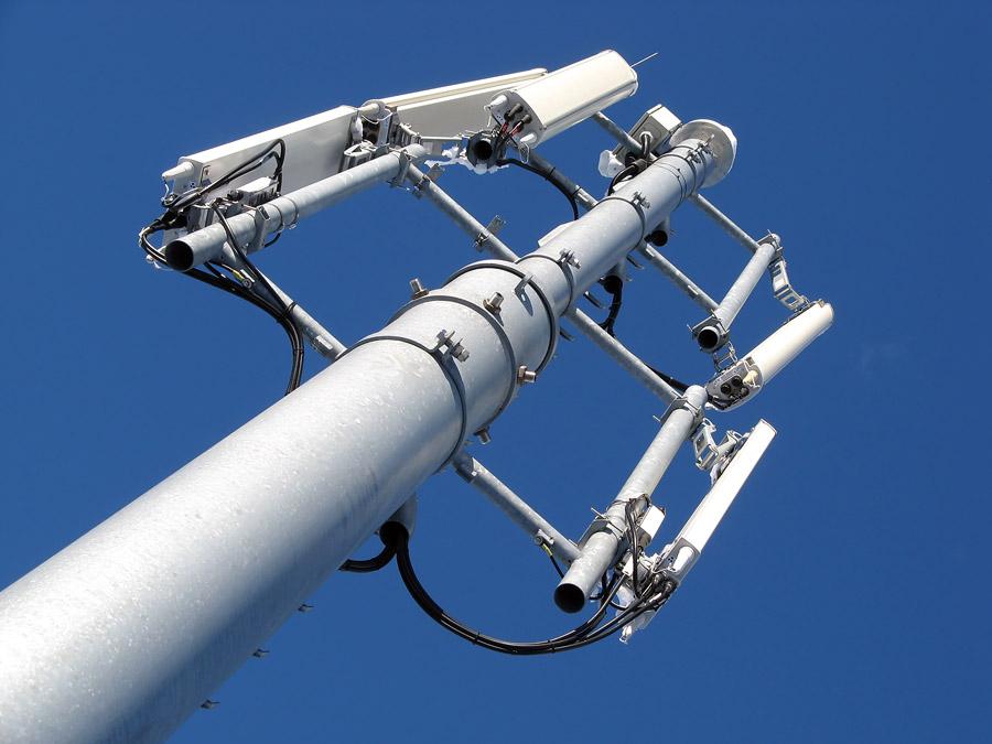 'Вымпелком предоставит право управления сетью Huawei и Nokia