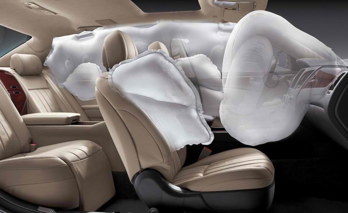 Volvo сделала подушку безопасности для пешеходов
