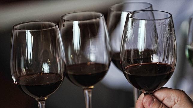 Вкрасном вине отыскали вещество, которое сдерживает старение