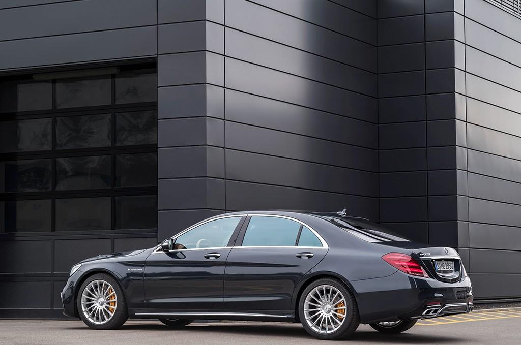 Самый дорогой Mercedes-Maybach получил ценник в28 млн руб.