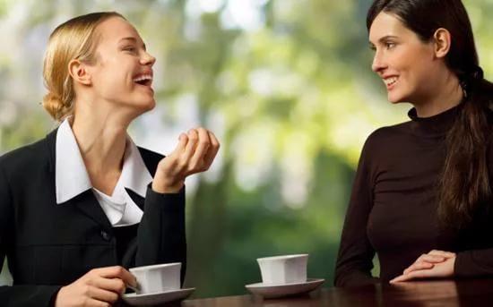 Специалисты определили 7 моментов, покоторым люди судят друг о приятеле