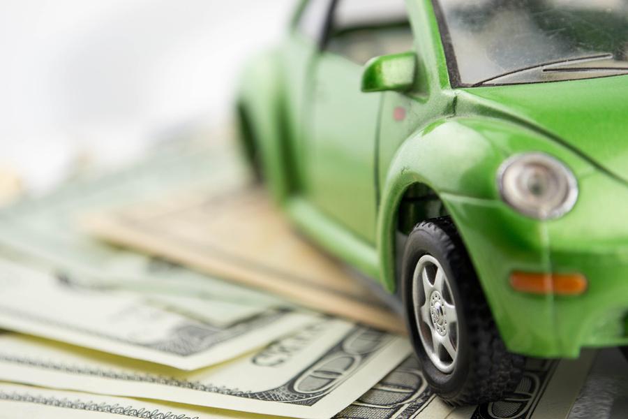 Запоследний месяц неменее 15 компаний изменили цены наавтомобили в РФ