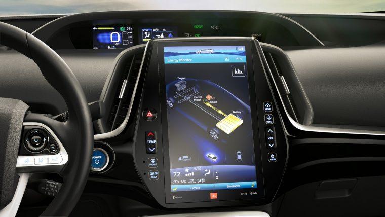 Microsoft и Тойота будут совместно подключать автомобили к глобальной сети