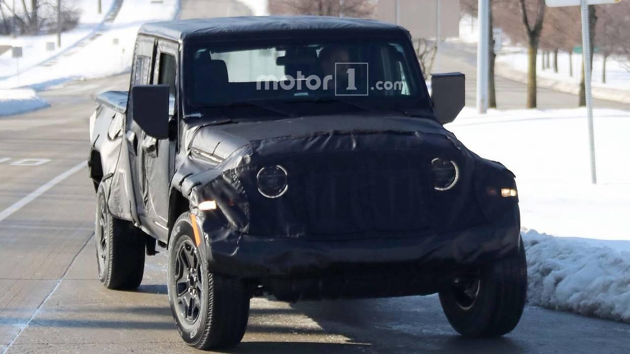 Jeep начнет продажи возрожденного пикапа Wrangler всередине весны 2019-ого года