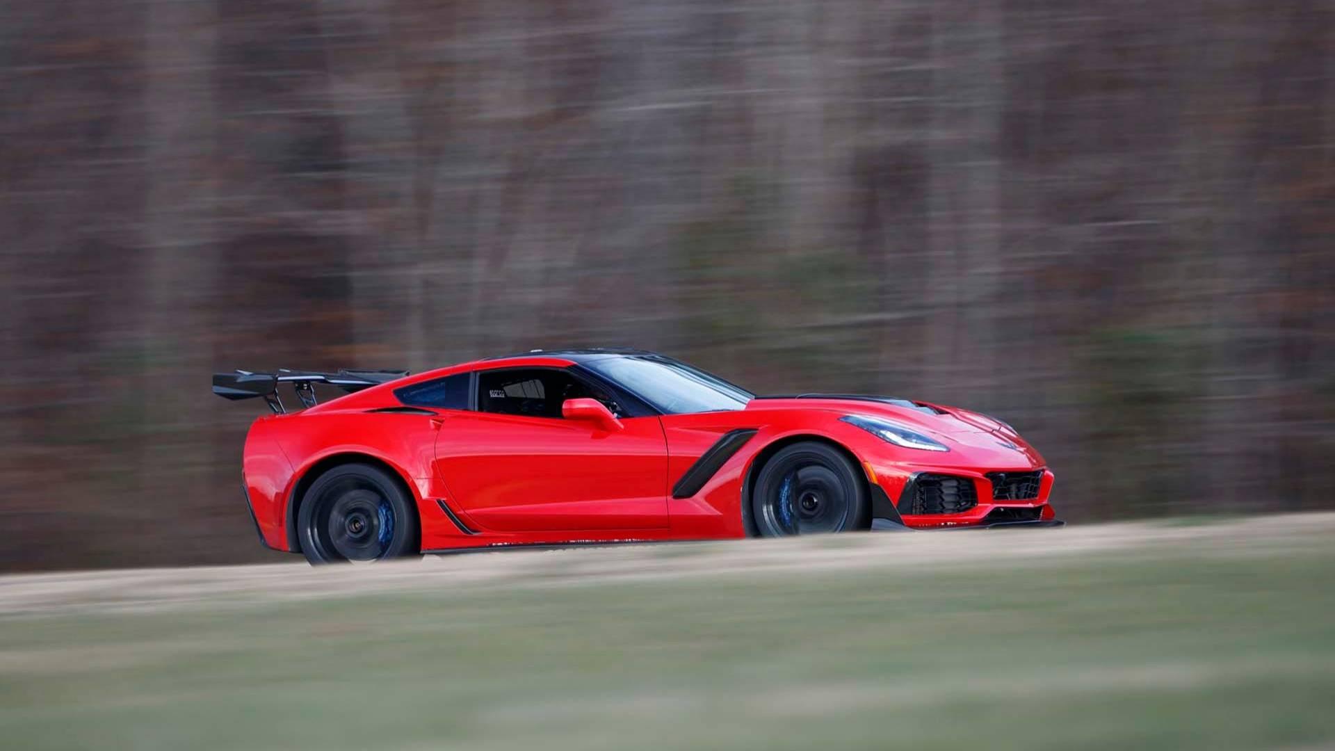 Шевроле Corvette ZR1 способен удивить даже опытных владельцев автомобилей