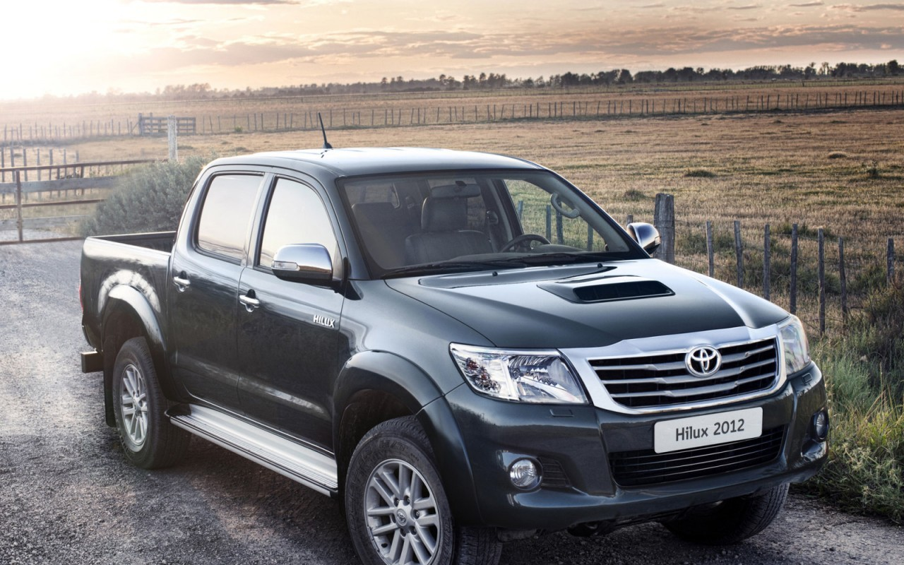 Топ-5 пикапов Toyota Hilux не сдает позиций
