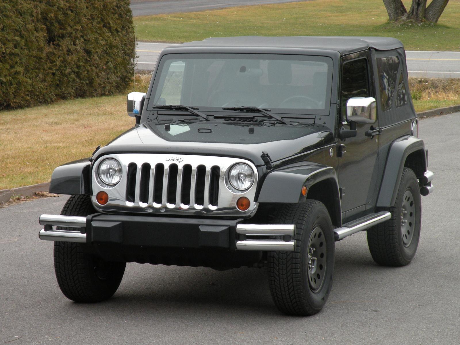 ВРФ из-за подушек безопасности отзывают 520 авто Jeep Wrangler