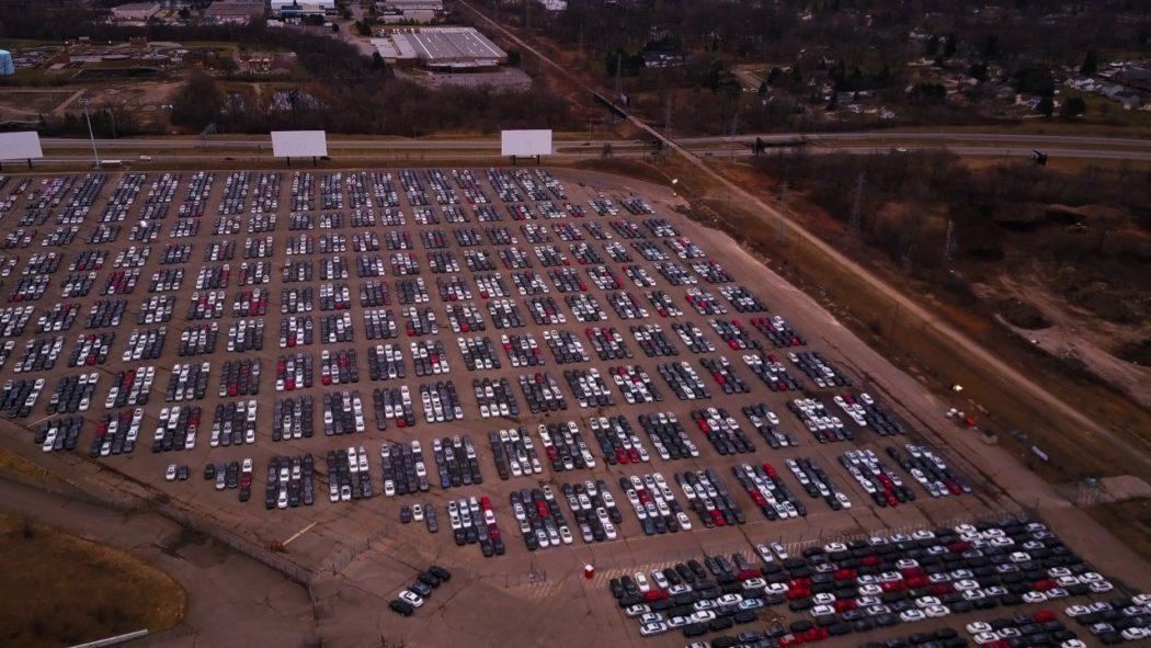 Автомобили с'кладбищ Volkswagen и Audi распродадут