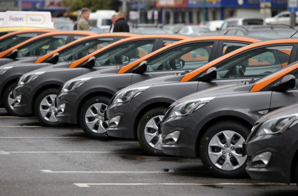 Во второй половине марта цены на авто в РФ подняли 10 брендов