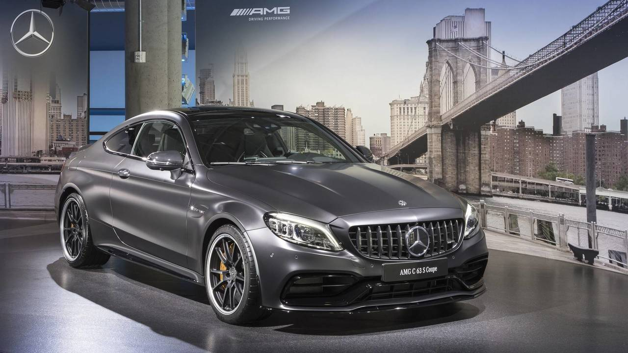 Быстрейший Mercedes C-Class получит гибридный привод