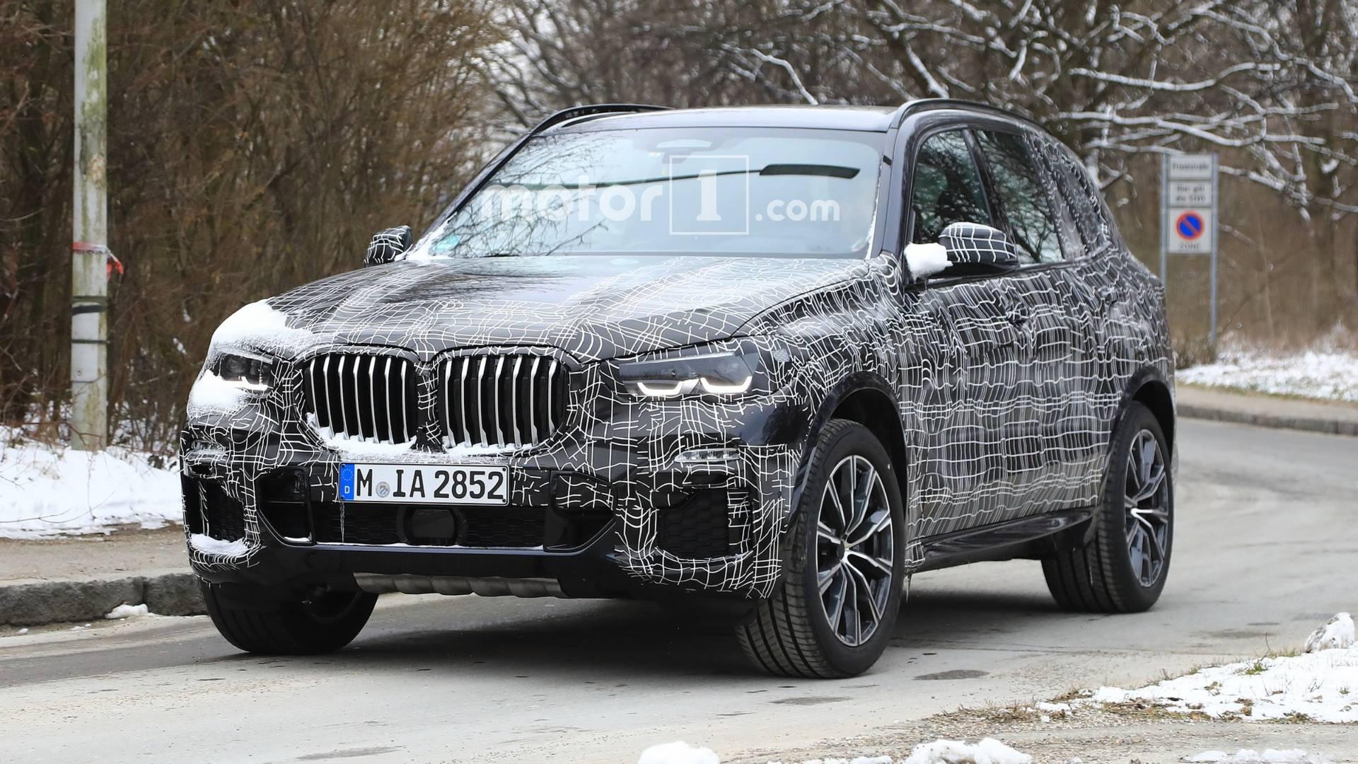 Компания BMW начала финальные тесты кроссовера X5 нового поколения