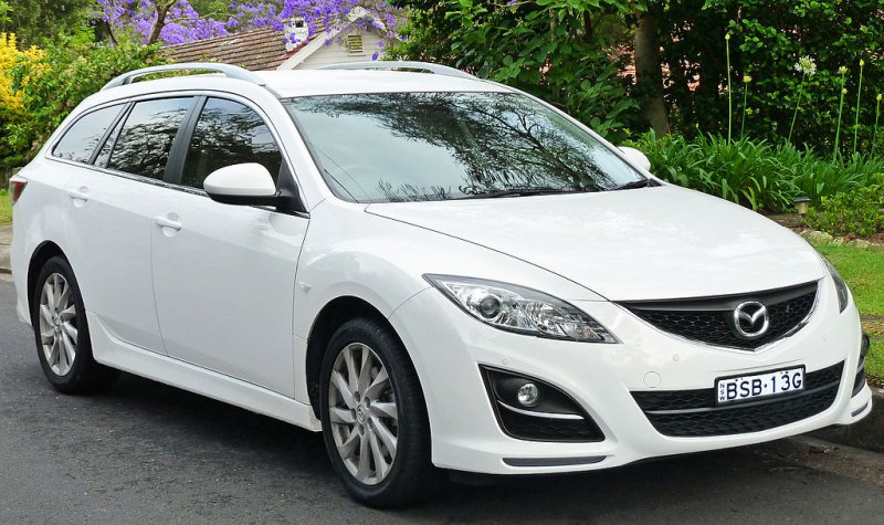 Mazda показала новый тизер Mazda CX-4