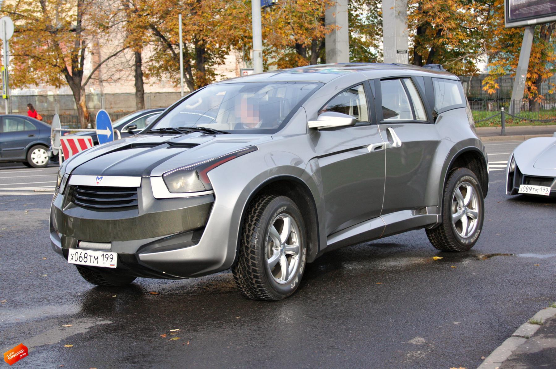 Названы 5  самых дорогих русских  авто