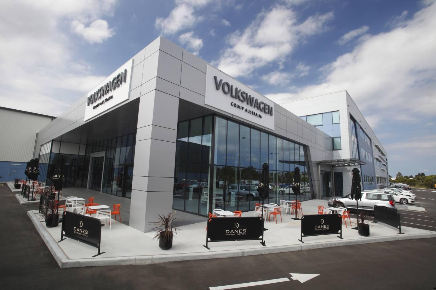 Фольксваген: вчесть юбилея компания устроила щедрую акцию распродажи