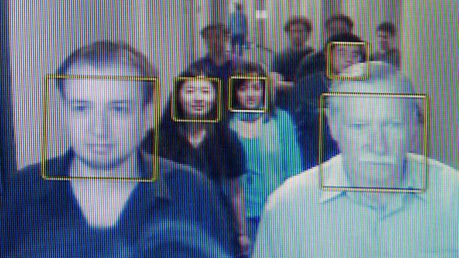 Ваэропортах Китая запущена уникальная система распознавания лиц
