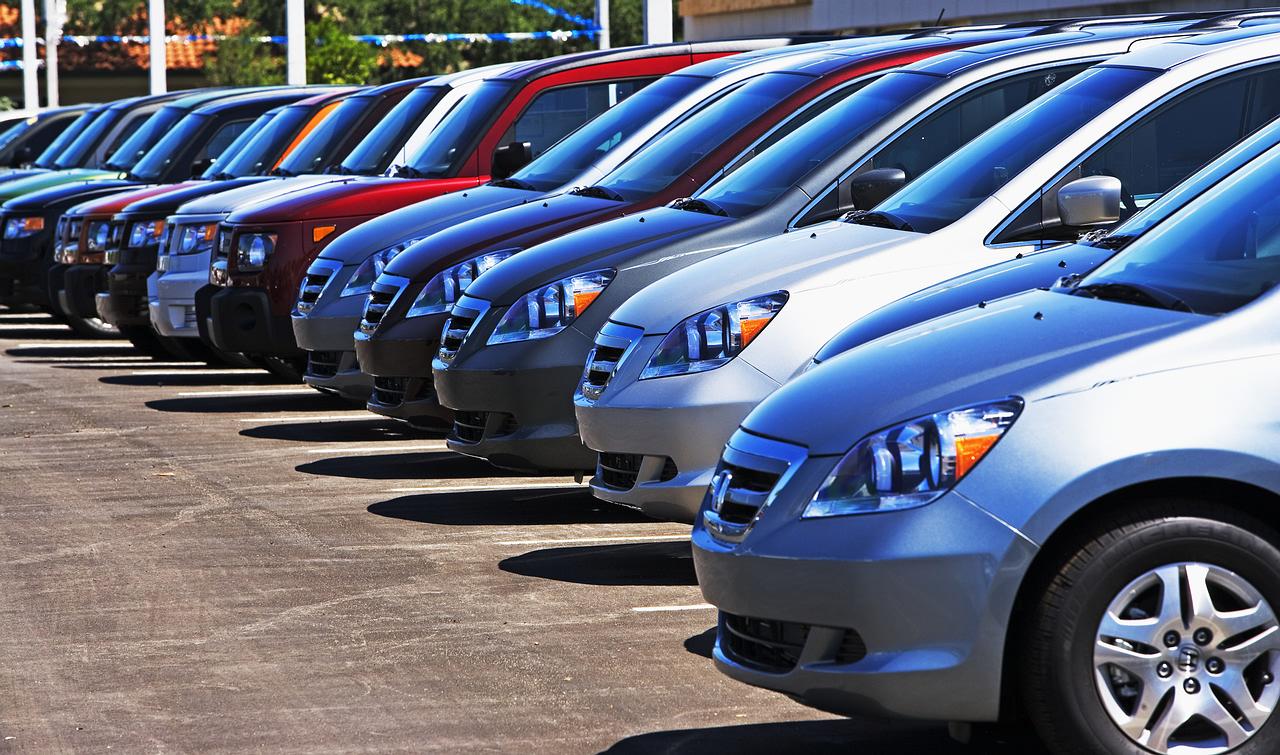 Продажи на вторичном автомобильном рынке России в марте выросли на 7