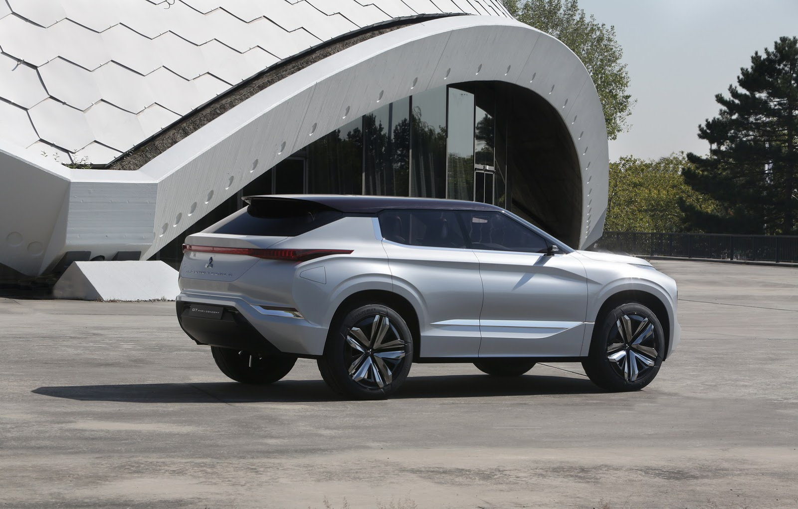 Концепты Mitsubishi GT-PHEV иeXпредставят на автосалоне вШанхае class=
